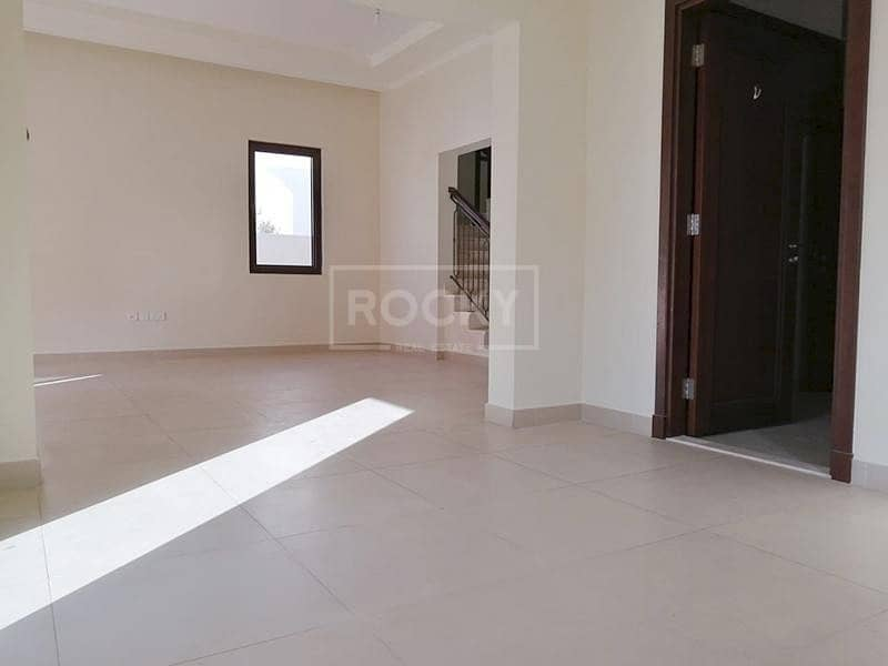 2 Spacious | 5 Bed plus Maids | 2 Parking | Arabian Ranches