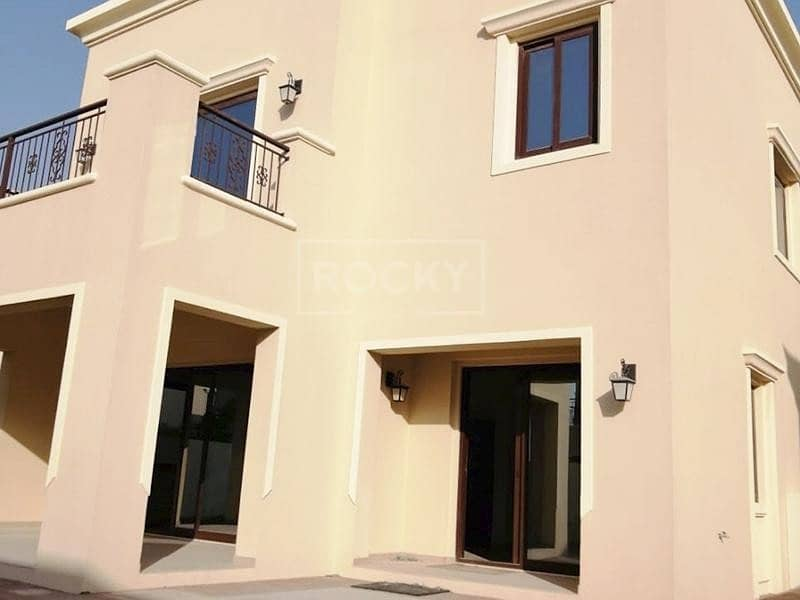 15 Spacious | 5 Bed plus Maids | 2 Parking | Arabian Ranches