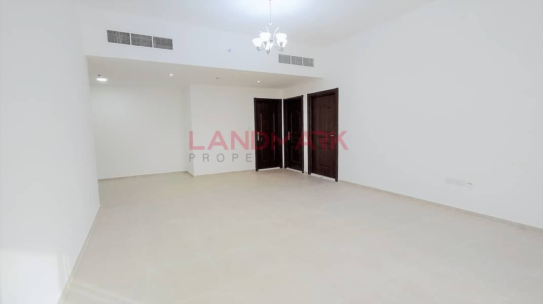 HOT/BRAND-NEW / 1BHK  / MONTH FREE /CLOSED KITCHEN/34525 AED