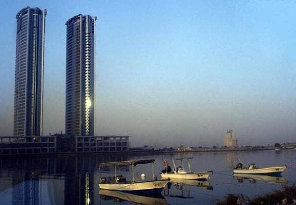 2 Strategic Central Location - Julfar Tower - Good View