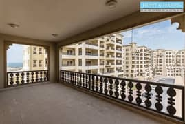 Parital Sea VIew - 3 bedroom with maids - Large Balcony
