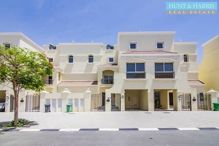 4 Bedroom Townhouse for Rent in Al Hamra Village, Ras Al Khaimah - Up to 12 Cheques - Spacious TH with a Garden - Rooftop Terrace