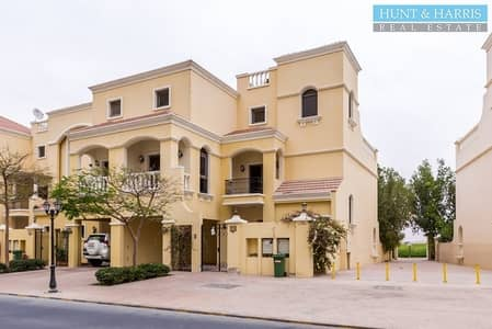 4 Bedroom Townhouse for Sale in Al Hamra Village, Ras Al Khaimah - 4 Bedrooms -  Townhouse + Maids - Garden and Lagoon View