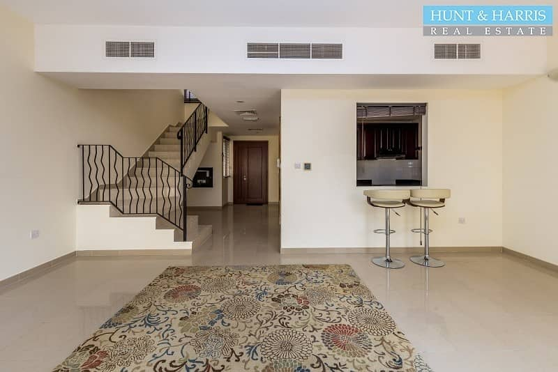 2 Big Kitchen - Two Bedroom Townhouse with Park Views