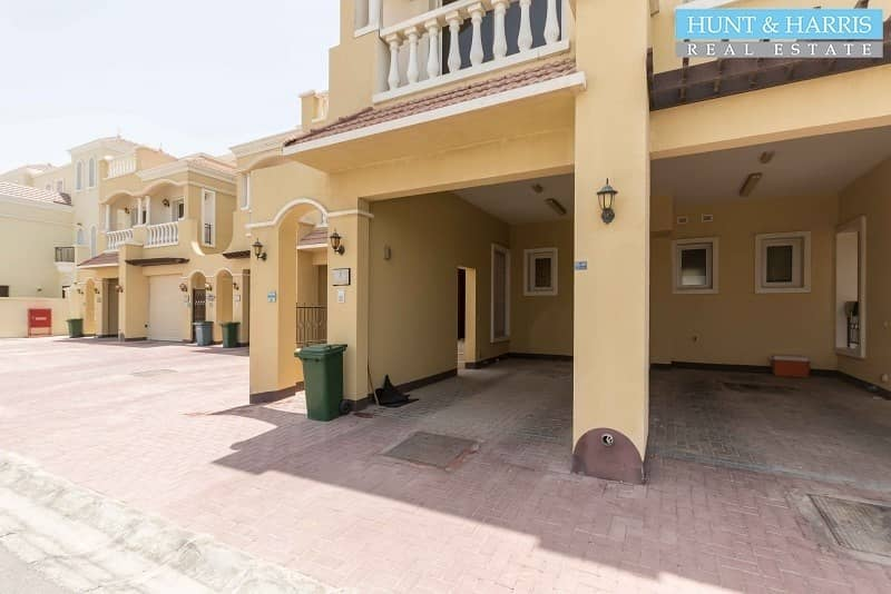 16 Amazing opportunity  - Next to Bayti Pool - Motivated Seller