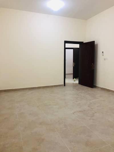 فلیٹ 3 غرف نوم للايجار في الشوامخ، أبوظبي - شقة في الشوامخ 3 غرف 70000 درهم - 4657763