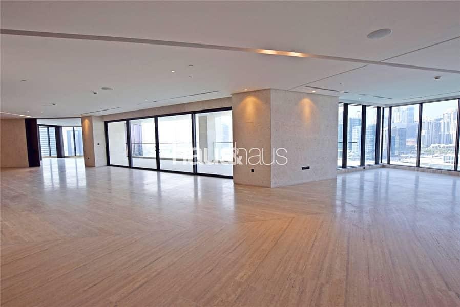 Luxury full floor 10