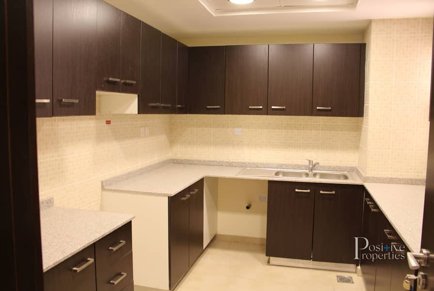2 3 Bedroom  with Double Balcony |Ready To Move