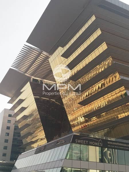 2 Showroom Space on prime location with easy access in deira