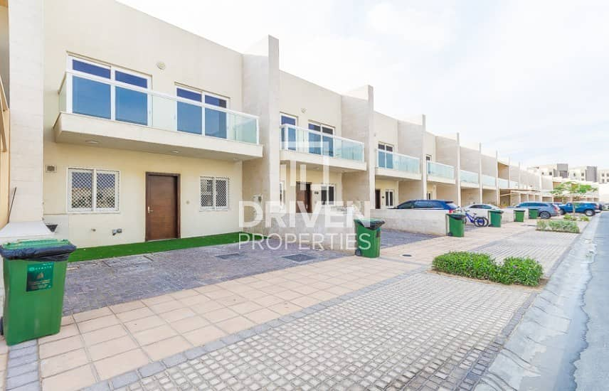 2 Well managed 3 Bed Townhouse | Single Row