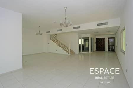 فیلا 4 غرف نوم للايجار في قرية جميرا الدائرية، دبي - Vacant 4 Bedroom Plus Maids Villa JVC