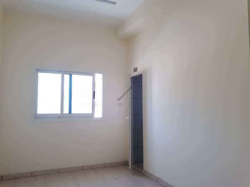 Full Labour Camp for rent in Al Quoz