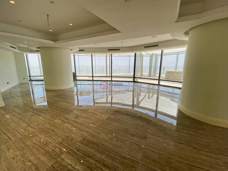 UPGRADED Penthouse 4 Bed+Study and Private Terrace