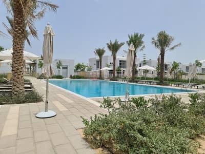 تاون هاوس 5 غرف نوم للبيع في مدن، دبي - Genuine Listing 5BR Villa Ready to Move Near Pool