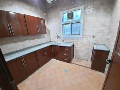 فلیٹ 3 غرف نوم للايجار في الشوامخ، أبوظبي - شقة في الشوامخ 3 غرف 55000 درهم - 4659947