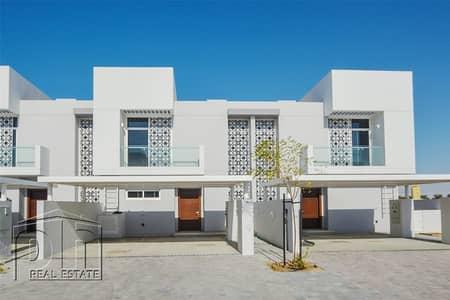 تاون هاوس 3 غرف نوم للايجار في مدن، دبي - Great Location | Brand New | Up To 3 Cheques