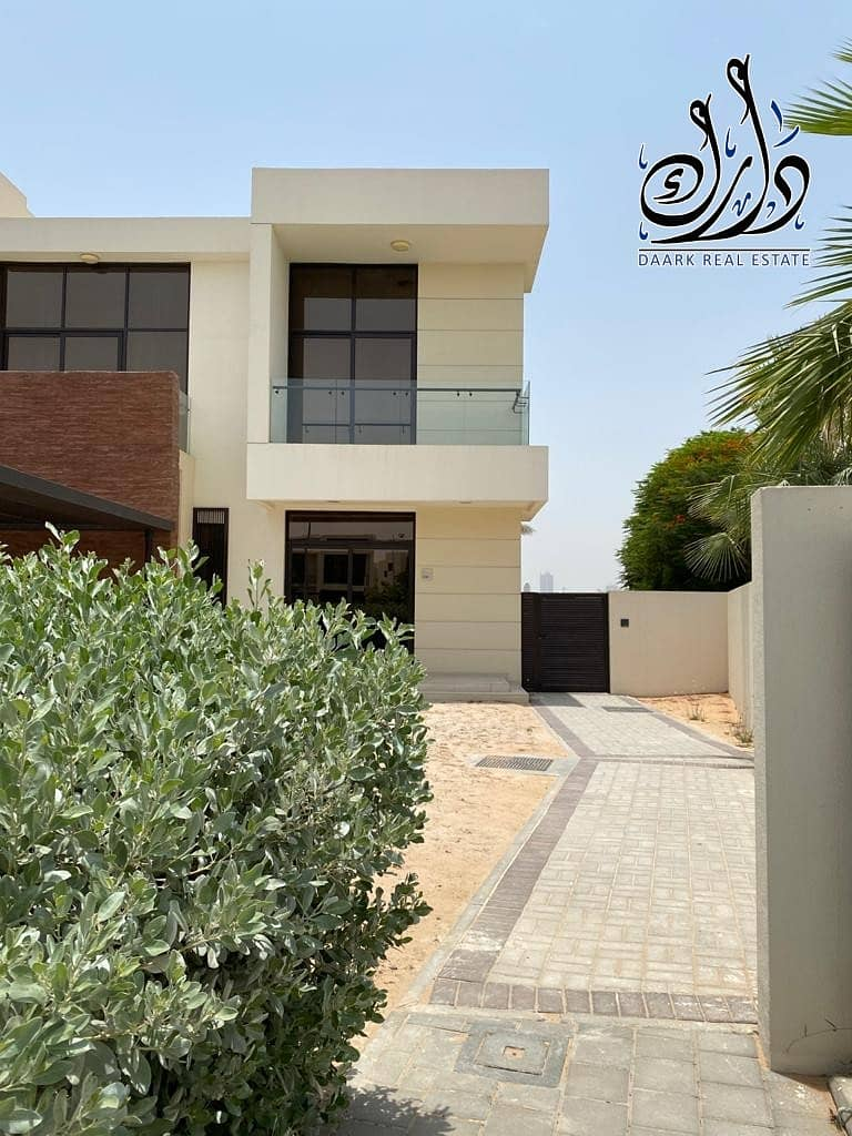 19 luxury stand alone villa ready to move with amazing size and view