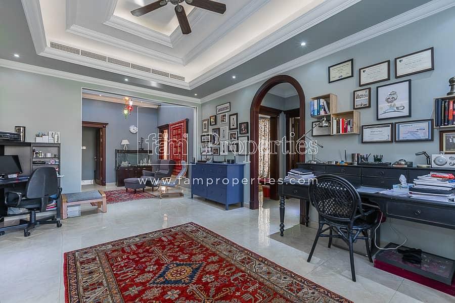 Astonishing 5 Bedroom Custom Made Villa!