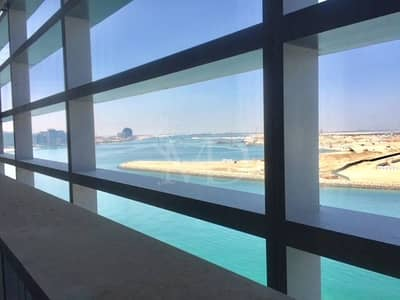 Spacious apartment - Sea View & Beach Access