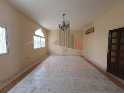 4 Bedroom Villa for Rent in Al Marakhaniya, Al Ain - Great Offer Duplex Villa Compound View Quite Place