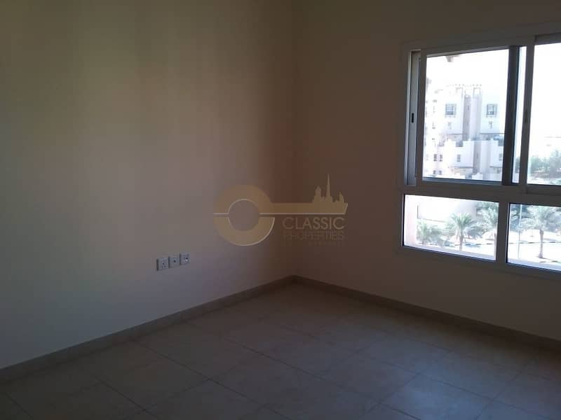 2 Hot Deal Open Kitchen  2bed  Remraam