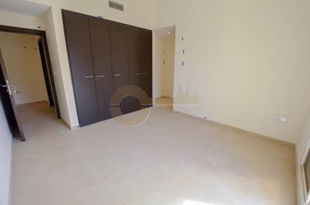 1 Bedroom Flat for Rent in Remraam, Dubai - Great Location |1bed | Open kitchen| Balcony |