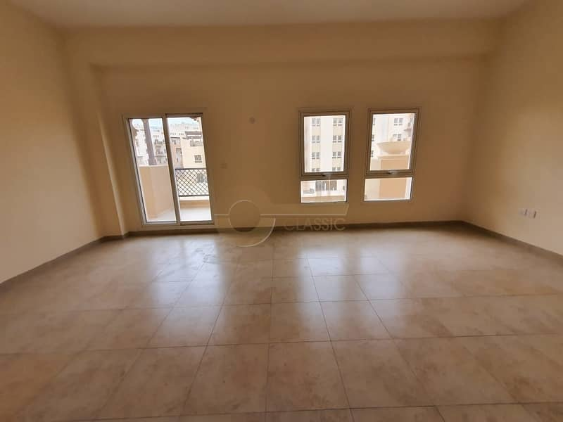 Hot Deal |1 Bedroom |Well Maintained |Huge Terrace