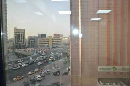 مکتب  للايجار في بر دبي، دبي - مکتب في المنخول بر دبي 10000 درهم - 4520267