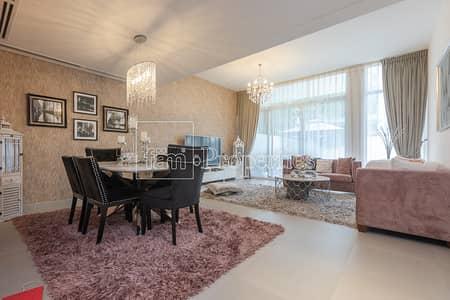 Show Villa for Sale! Exclusive Upgraded 3BR CORNER