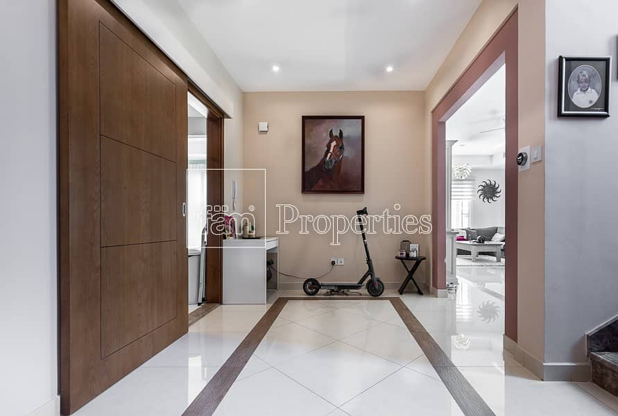 FRESH on the Market! 3BR Rahat Villa w/ Open View!