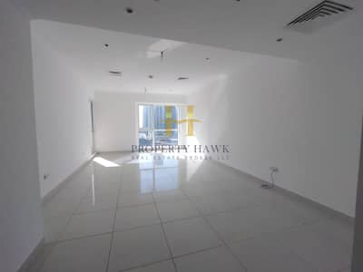 Bright and Spacious 1 Bedroom with Marina View