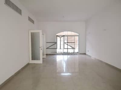 4 Bedroom Villa for Rent in Al Mushrif, Abu Dhabi - Elegant And Dazzling villa