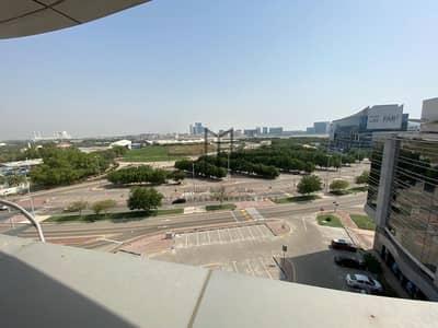 شقة 3 غرف نوم للايجار في الطريق الشرقي، أبوظبي - شقة في مجمع الوزارات منتزه خليفة الطريق الشرقي 3 غرف 115000 درهم - 4661522