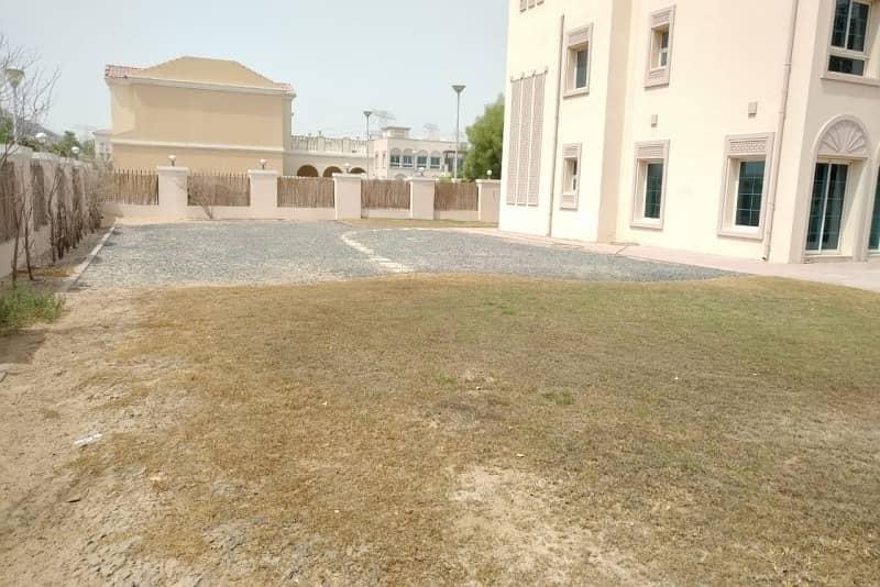 18 Private Pool | Private Garden | Facing Park |