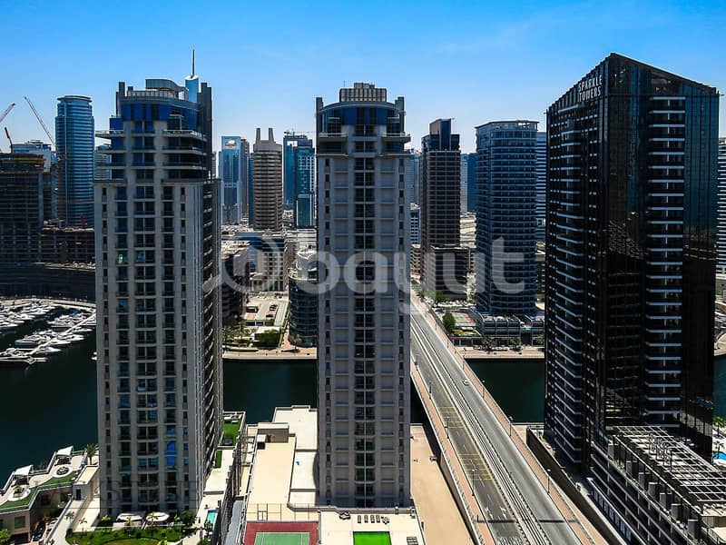 16 Bright and Impeccable 2BR Apartment with Marina View | Middle Floor