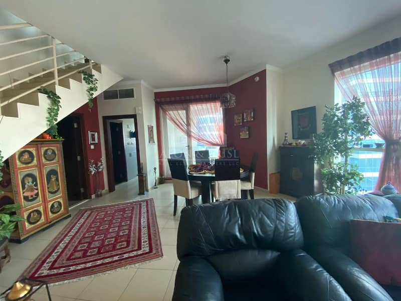 2 Stunning 2 BR + Maids Apt | Lake View | Well-maintained