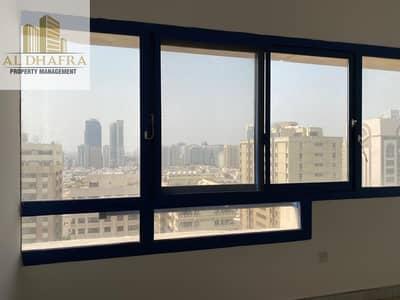 شقة 2 غرفة نوم للايجار في شارع الفلاح، أبوظبي - Hot Deal! | 2BHK Near Medeor Hospital Al Falah St