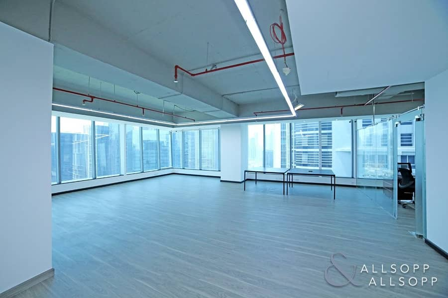 Fitted Office | High Floor | Vacant Office