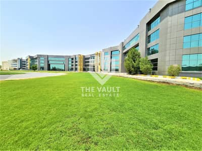 Office for Sale in Dubai Investment Park (DIP), Dubai - Spacious and Bright | Close to EXPO 2020