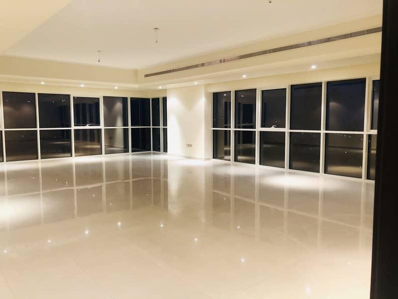 شقة في برج الشيخة سلامة شارع الخالدية الخالدية 4 غرف 205000 درهم - 4662244