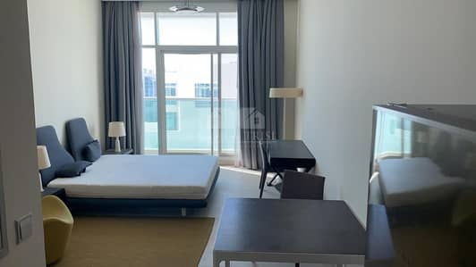 INCOMPARABLE STUDIO Furnished with Sea view