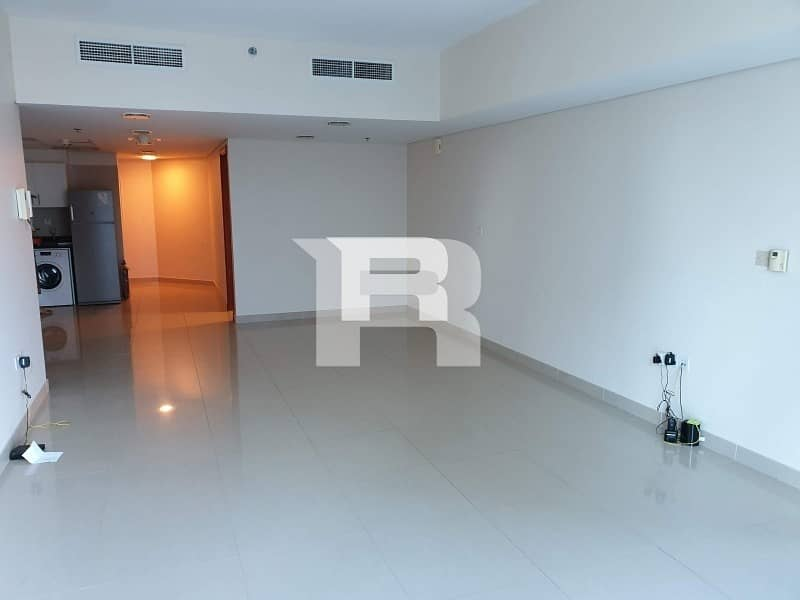 High Quality 1 Bedroom in DIFC Pool View