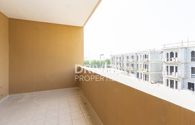 21 Magnificent 4 Bed Townhouse plus Maid's Room