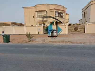 6 Bedroom Villa for Sale in Al Hamidiyah, Ajman - villa for sale with electricity and water & central A/C with big area excellent finishing and very good location.