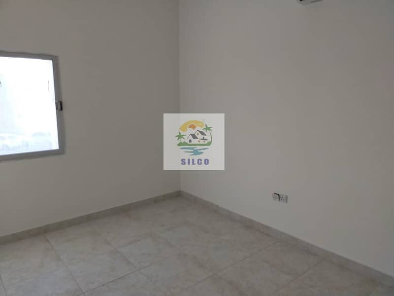 Fully renovated villa w/ maids room