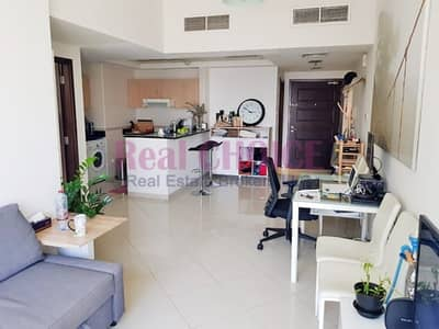 1 Bedroom Flat for Rent in Jumeirah Lake Towers (JLT), Dubai - Chiller Free Flat Semi Furnished with Less Price