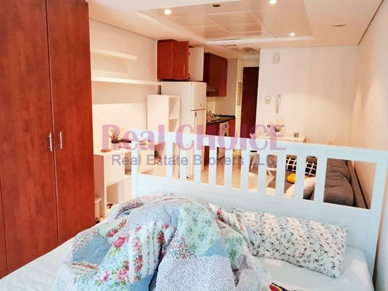 2 Semi Furnished Apartment Near to Metro Station
