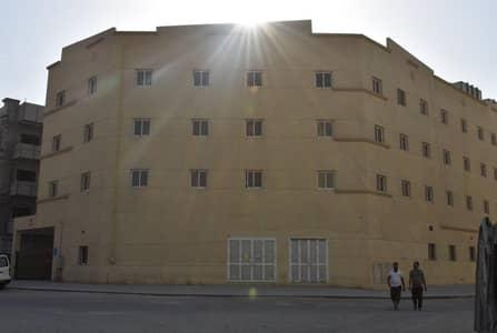 سكن عمال  للايجار في جبل علي، دبي - Special Offer: AED 2400| 8 capacity room|Jebel Ali