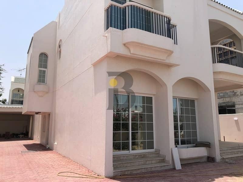 2 4 Bedroom Independent villa in Jumeriah 2