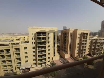 شقة 1 غرفة نوم للايجار في الروضة، دبي - Balcony with Community View